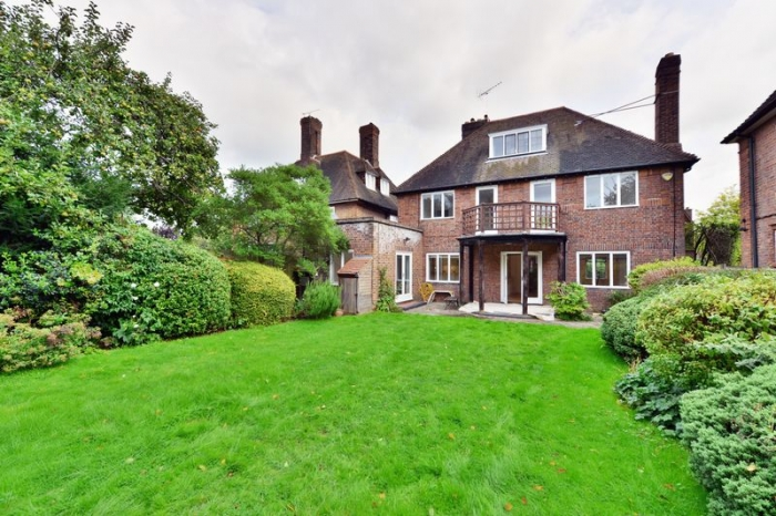 Turner Close, Hampstead Garden Suburb, London, NW11