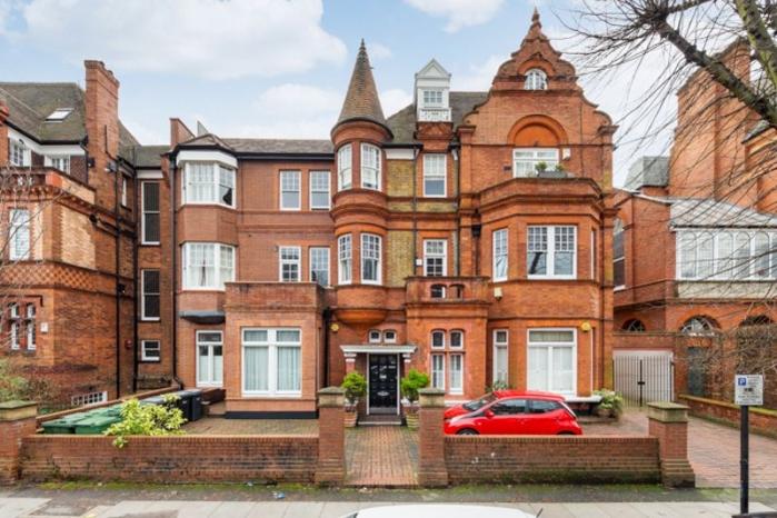 Maxwell Court, Eton Avenue, Belsize Park, London NW3 - Belsize Park, North West London
