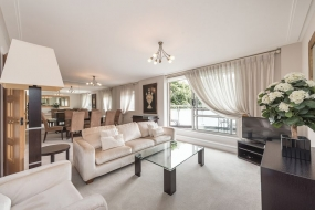 St. Johns Wood Road, St Johns Wood, London, NW8 - St Johns Wood, North West London