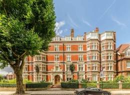Albermarle Mansions, Heath Drive, Hampstead, London, NW3 - Hampstead, North West London