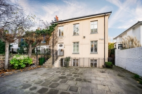 Wellington Road, St Johns Wood, London, NW8  - St Johns Wood, North West London