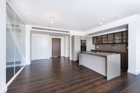 PENTHOUSE CENTRE HEIGHTS, Finchley Road, Hampstead, London, NW3 - Hampstead, North West London