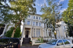 Belsize Park Gardens, Belsize Park, London, NW3 - Belsize Park, North West London