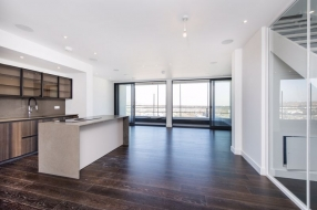 PENTHOUSE CENTRE HEIGHTS, Hampstead, London, NW3 - Hampstead, North West London