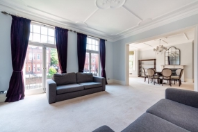 Avenue Mansions, Finchley Road, Hampstead, London, NW3 - Hampstead, North West London