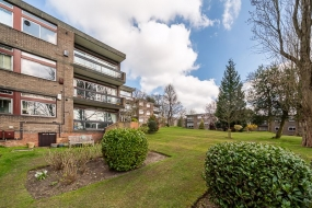 Martlett Lodge, Oak Hill Park, Hampstead, London NW3 - Hampstead, North West London