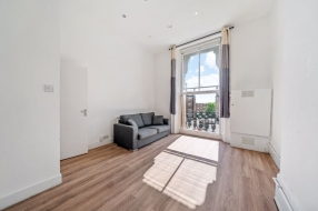 College Crescent, Swiss Cottage, London, NW3 - Swiss Cottage, North West London